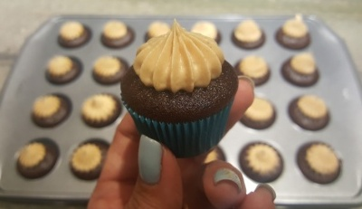 Peanut Butter Frosting with chocolate mini cupcake