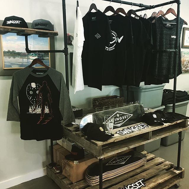 I won't have the display but I will have some threads of all sizes on hand. I'll be at the Greene Turtle at 7. Come grab a @mullysbrewery Blood Orange and a rad SWINGSET shirt or hat before they are gone! Free Pint Glass with purchase. . .  #Swingset #swingsetstyle #style #cityofgoons #clothing #streetwear #shirts #hats #rad #shop #art #clothes #stickers #design  #indie  #art #craftbeer  #music #tattoos #maryland #bmx #skateboarding #motocross