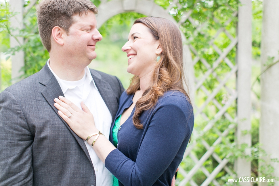 Brooklyn-Botanic-Gardens-Engagement-Photos_13.jpg