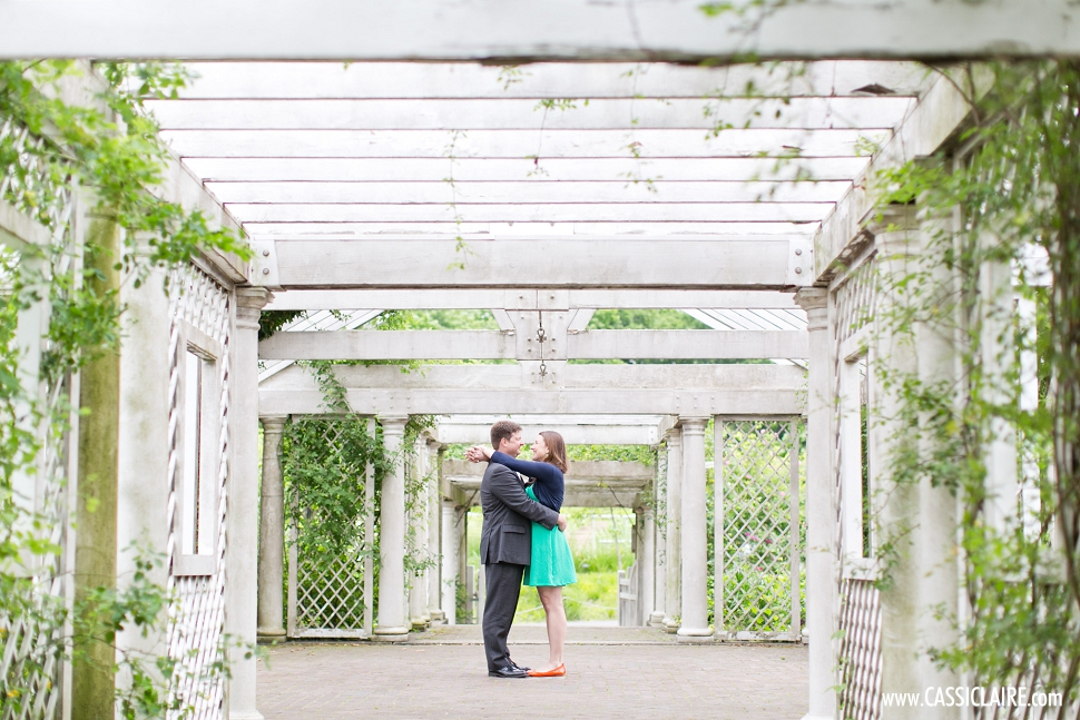 Brooklyn-Botanic-Gardens-Engagement-Photos_18.jpg