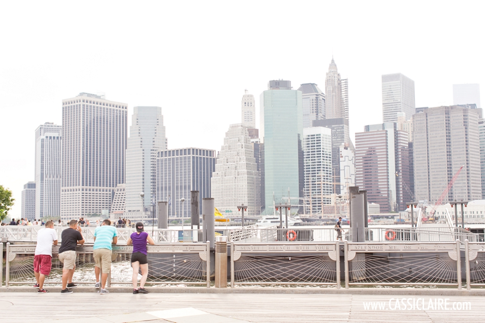 CassiClaire_Brooklyn-Bridge-Engagement-Photos_01.jpg