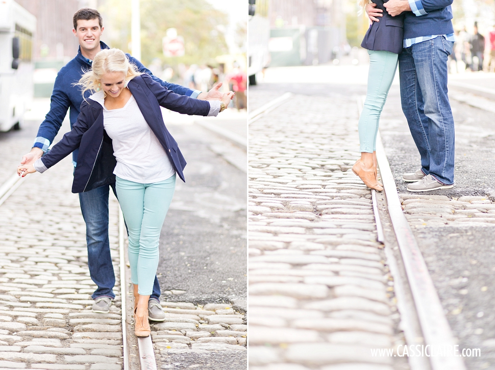 DUMBO-Engagement-Photos_11.jpg