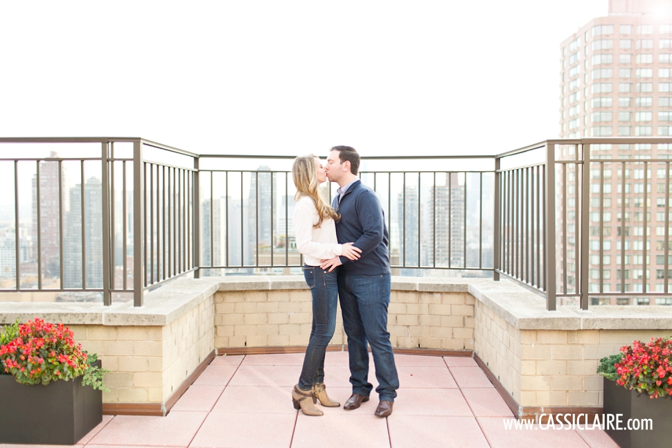Upper-East-Side-Engagement-Photos_Cassi-Claire_02.jpg