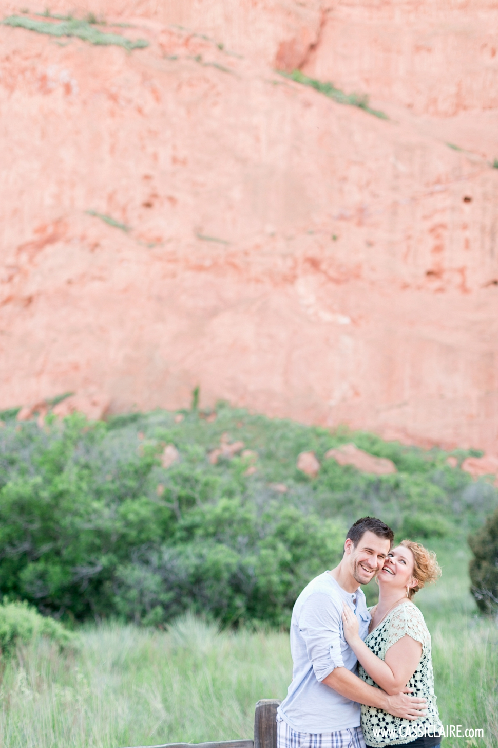 Garden-of-the-Gods-Engagement-Photos_08.jpg