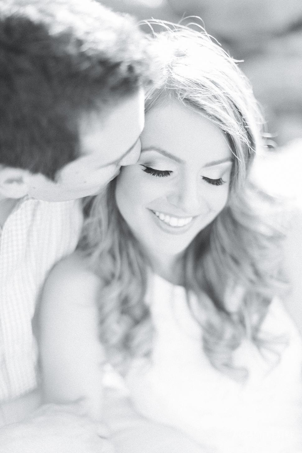 DUMBO-Engagement-Photos_14.jpg