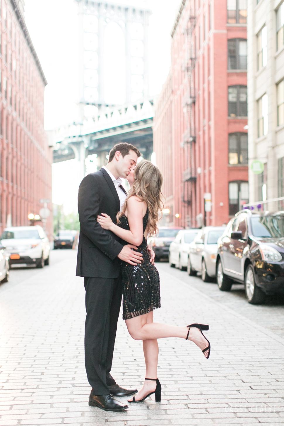 DUMBO-Engagement-Photos_26.jpg