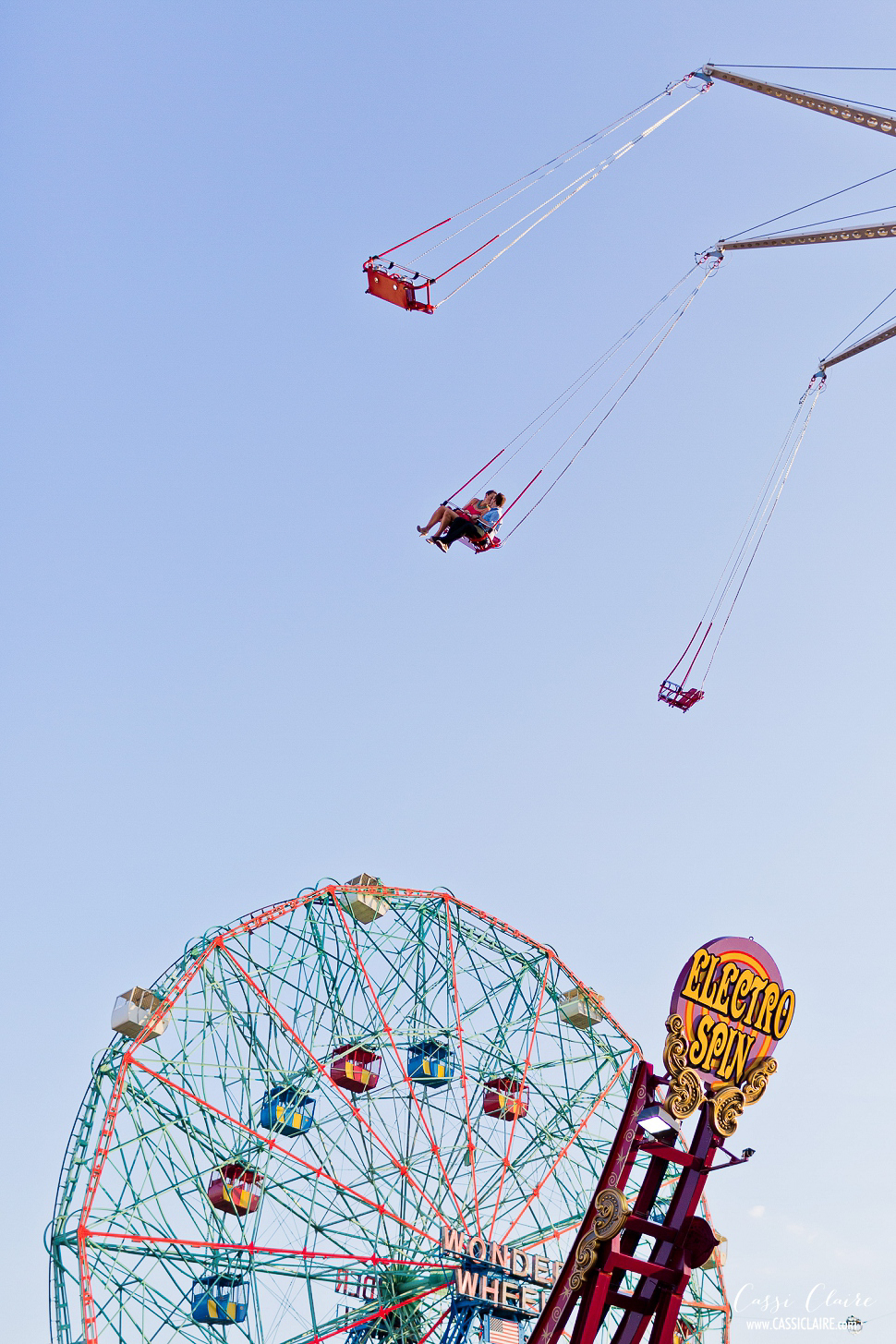 Coney-Island-Engagement-Session_15.jpg