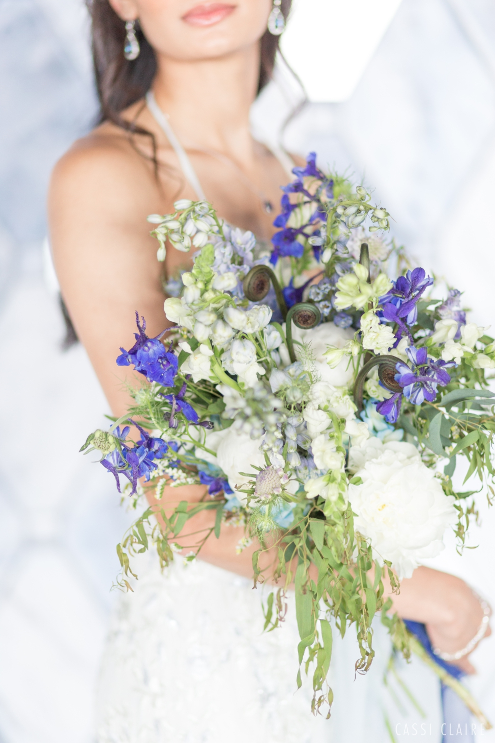 Blue-Monotone-Wedding_CassiClaire_22.jpg