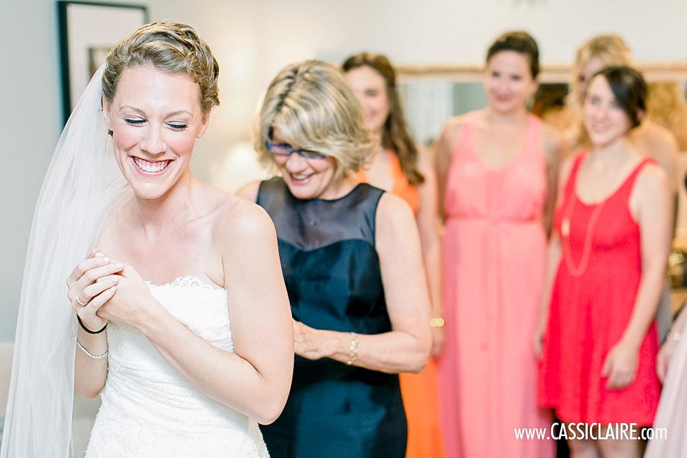Red-Maple-Vineyard-Wedding_Cassi-Claire_08.jpg