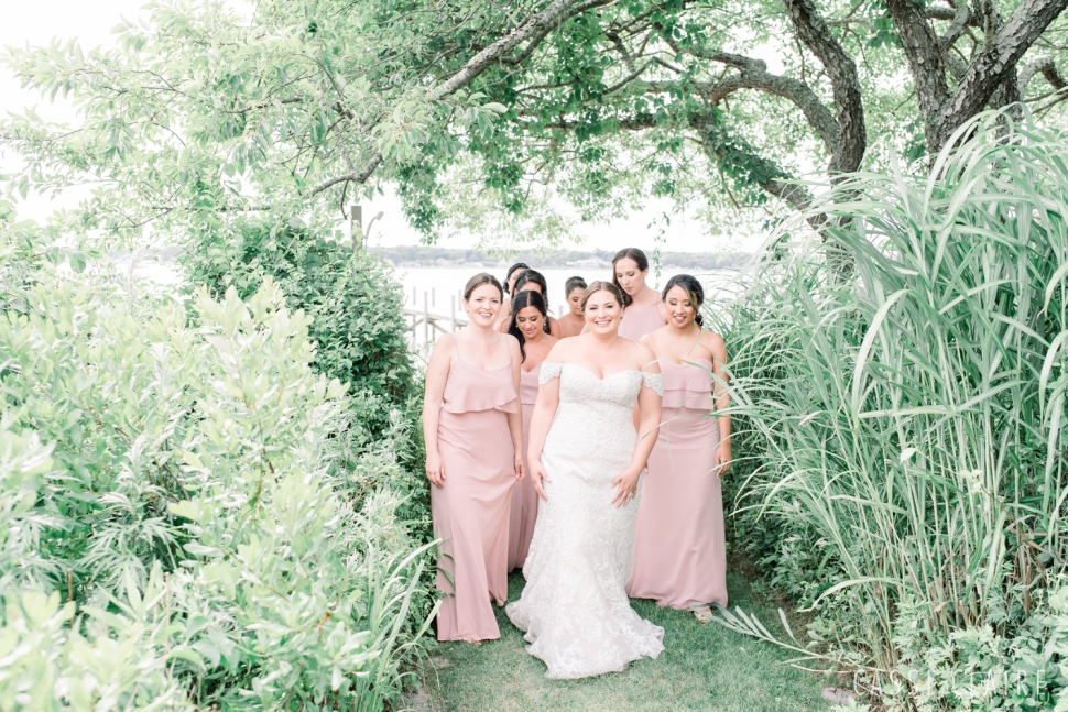 The-Vineyards-at-Aquebogue-Wedding_Cassi-Claire_16.jpg