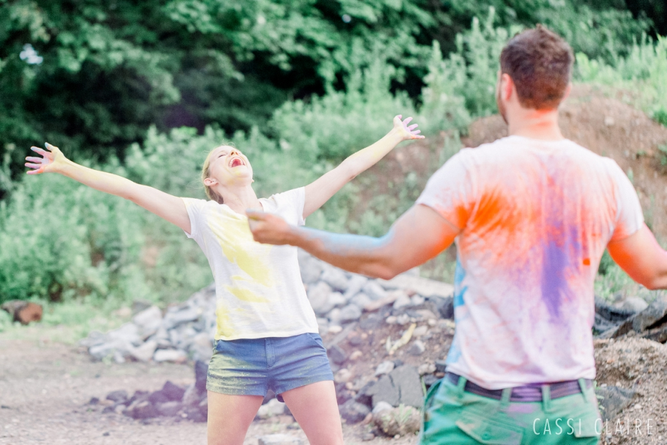 Color-Fight-Engagement-Photos-Prospect-Park-Brooklyn-Juniors_11.jpg