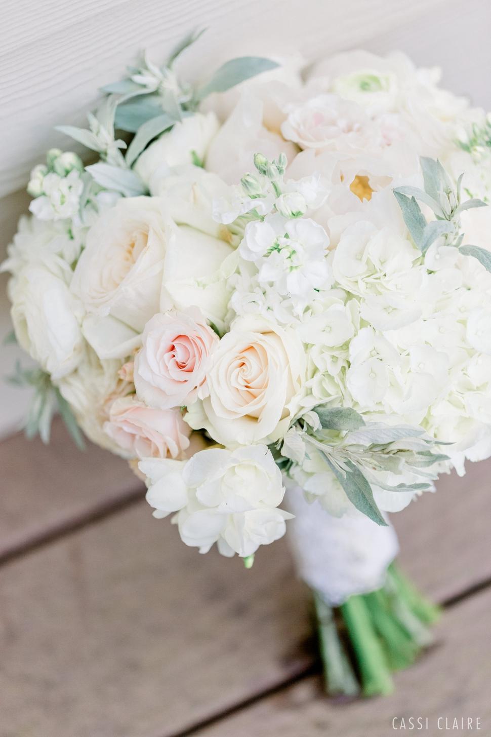 Waccabuc-Country-Club-Wedding-New-York-Wedding-Photographer_01.jpg