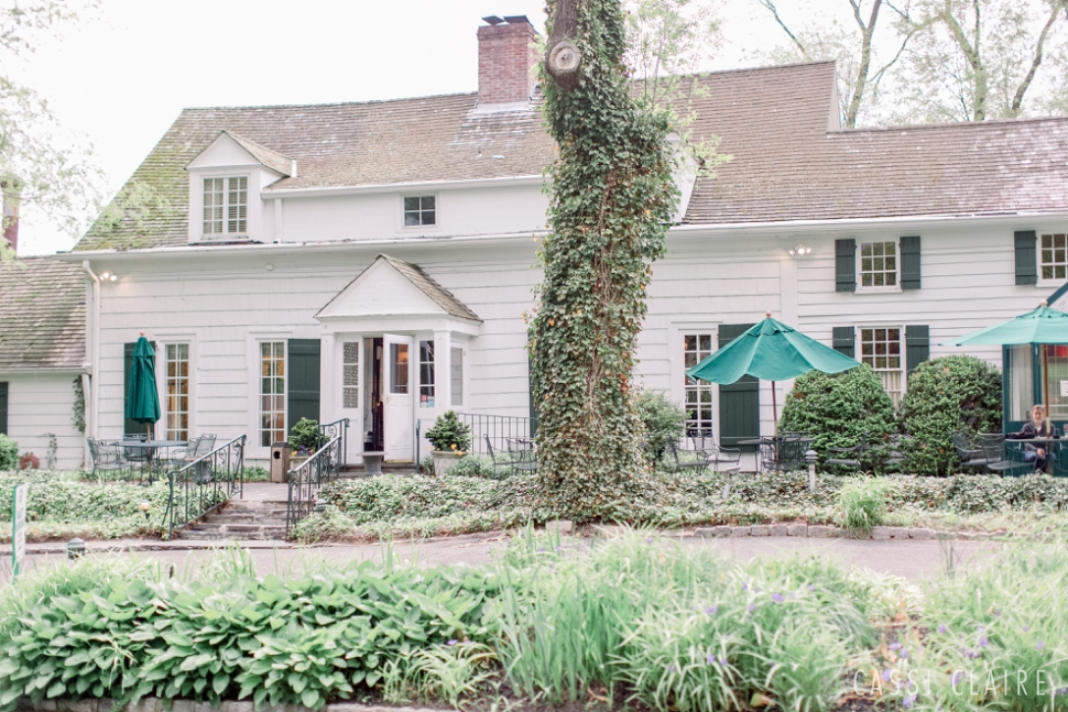 Three-Village-Inn-Wedding-Photos-Stonybrook-Long-Island_14.jpg