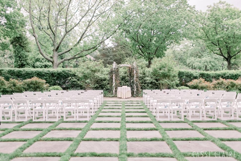 Three-Village-Inn-Wedding-Photos-Stonybrook-Long-Island_16.jpg