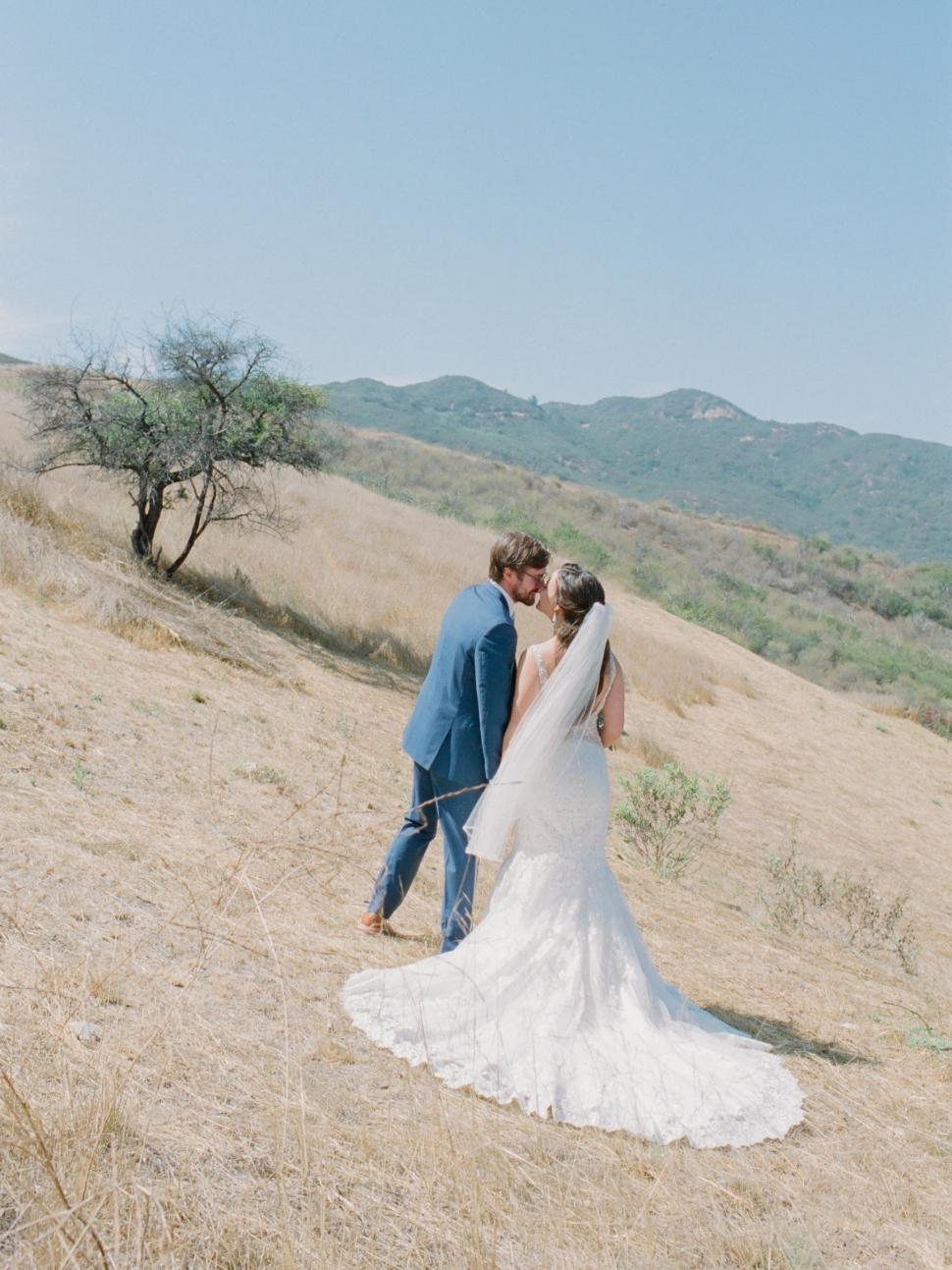 Malibu-Wedding-Photographer-Cassi-Claire-Malibu-West-Beach-Club-Wedding_01a.jpg