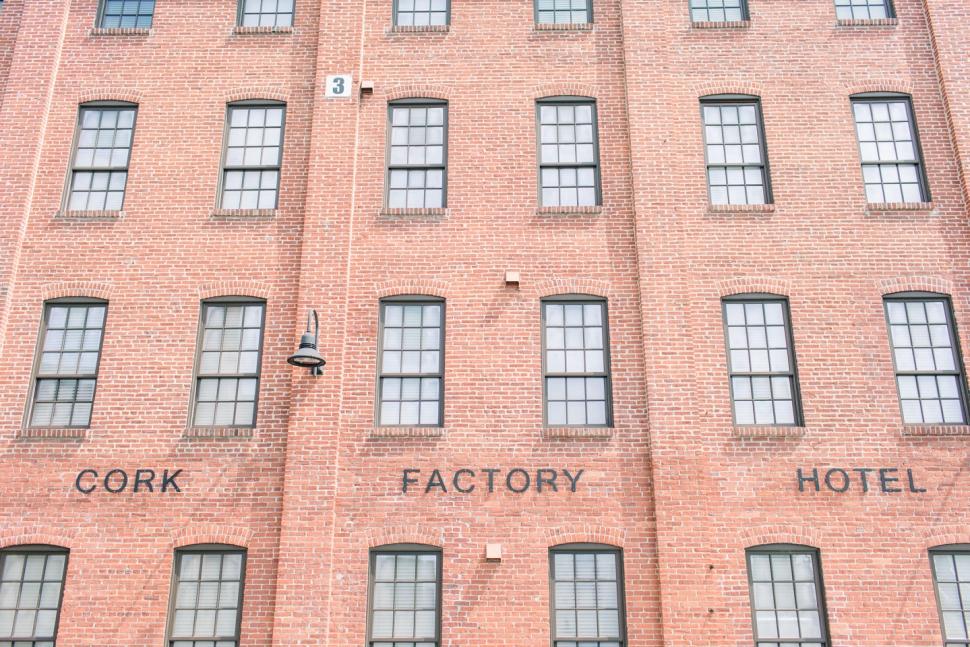 Philadelphia-Wedding-Photographer-Cassi-Claire-Cork-Factory-Hotel-Wedding_15.jpg