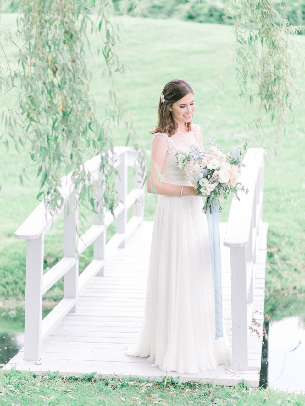 Connecticut-Wedding-Photographer-Cassi-Claire-Barns-at-Wesleyan-Hills-Wedding_11.jpg