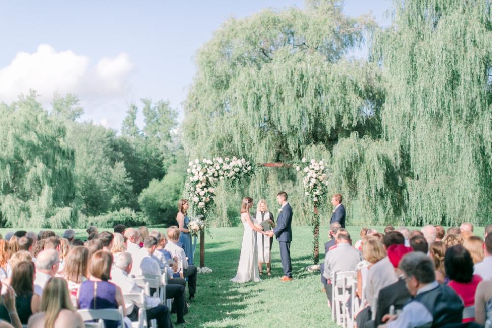 Connecticut-Wedding-Photographer-Cassi-Claire-Barns-at-Wesleyan-Hills-Wedding_16.jpg