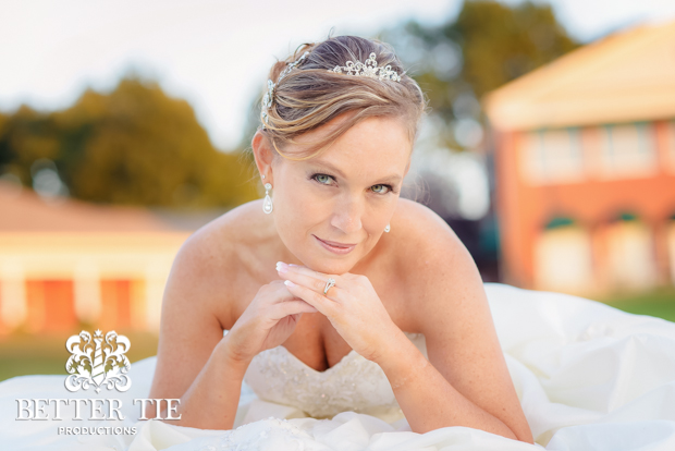 Holly-Tree-Country_club-bridal-portrait-10