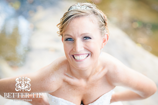 Holly-Tree-Country_club-bridal-portrait-3