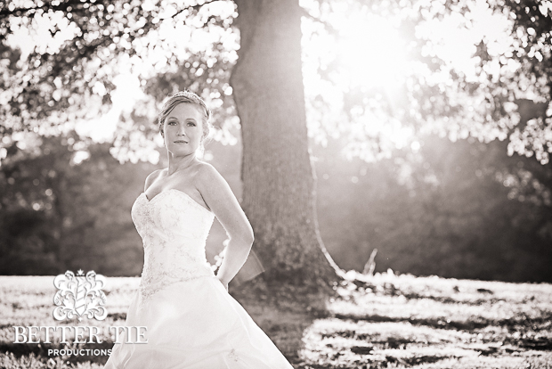 Holly-Tree-Country_club-bridal-portrait-9