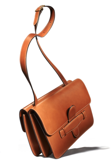 HBZ tan purse.jpg