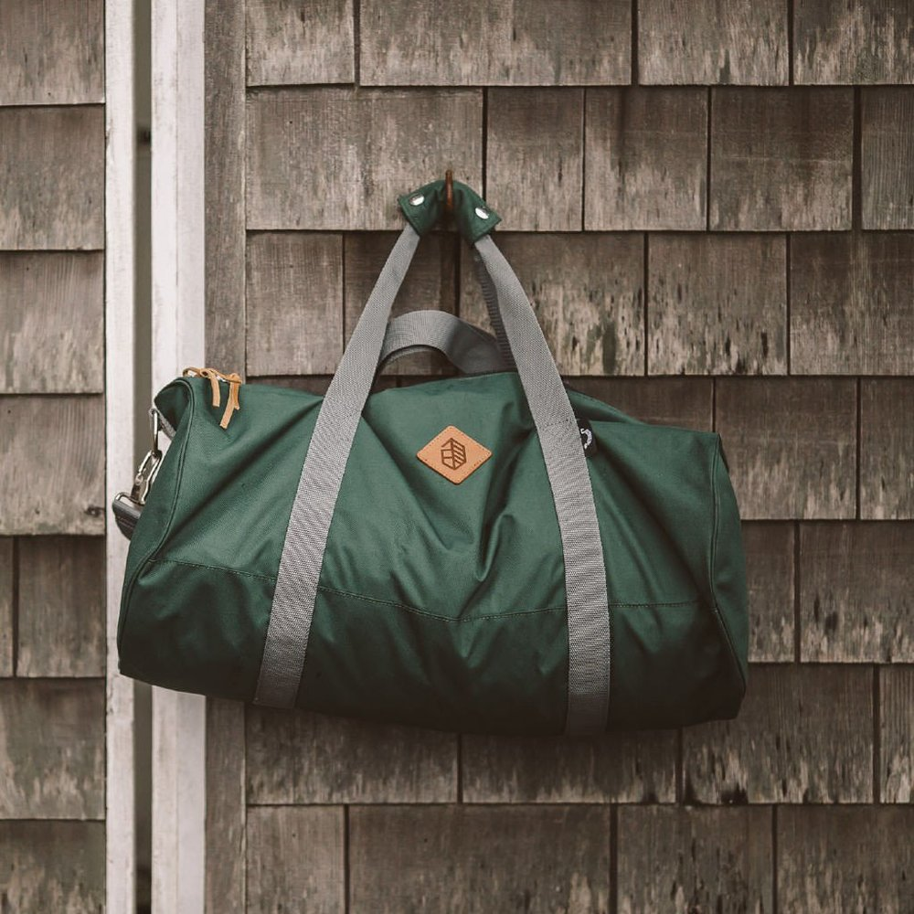 Forrest-Green-Clubhouse-Duffle-Lifestyle-3-1024x1024_2048x2048.jpg