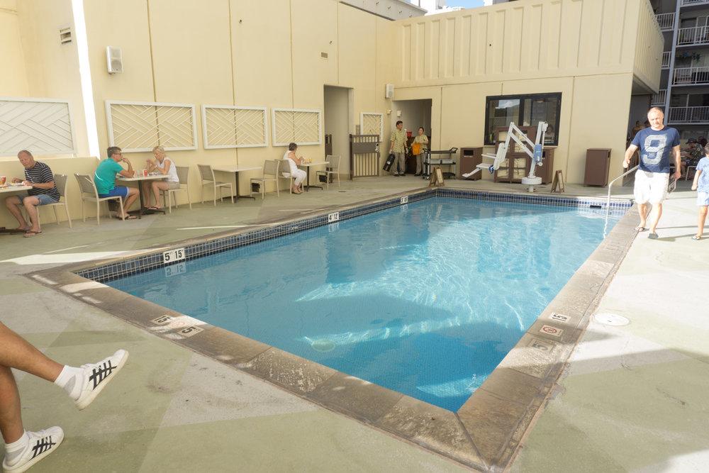 Hyatt Place Waikiki pool