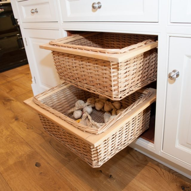 Baskets with square frames that can aid in easy pulling out as handles   PHOTO CREDIT: PINTEREST