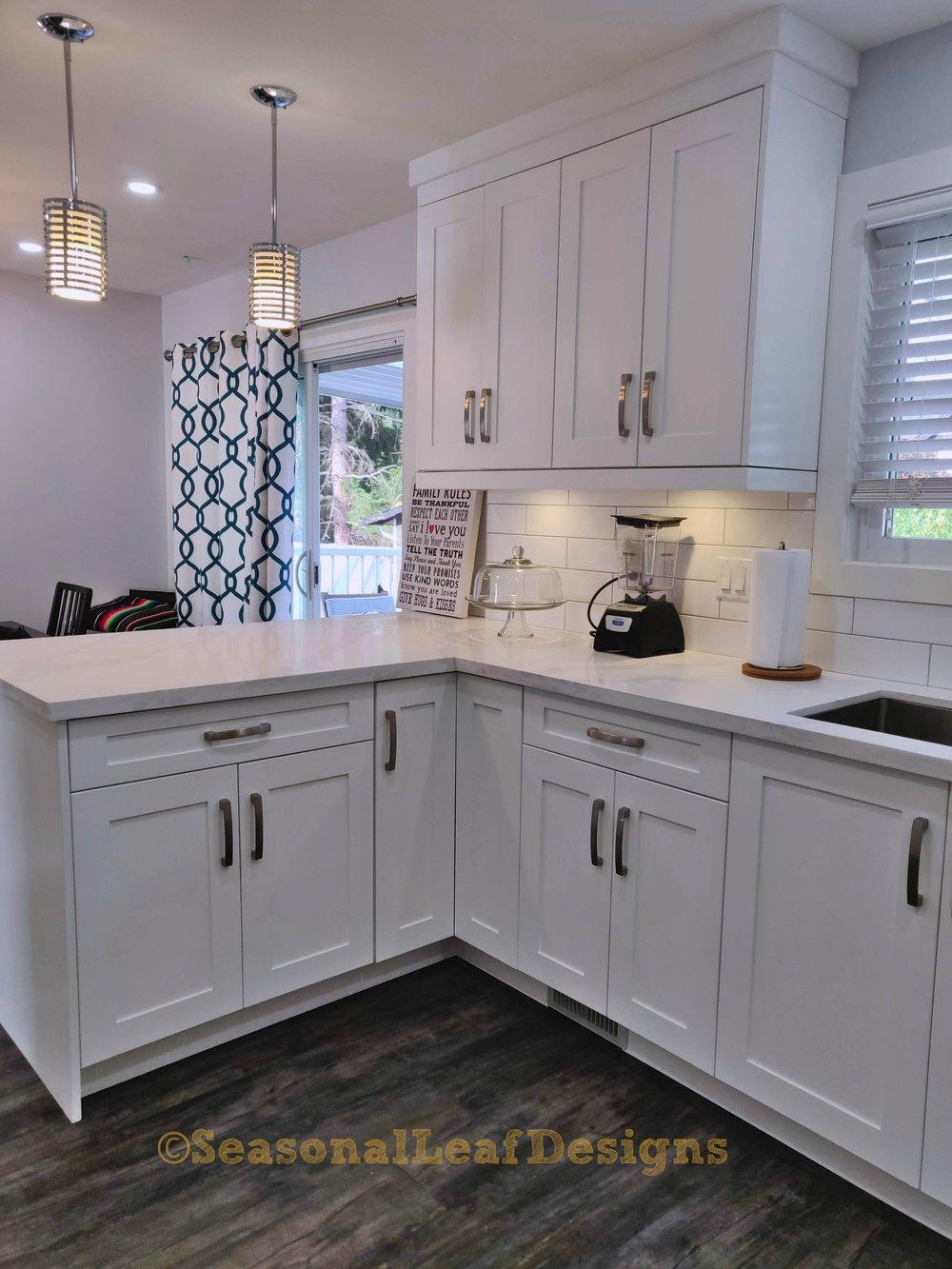 Kitchen5_.jpg
