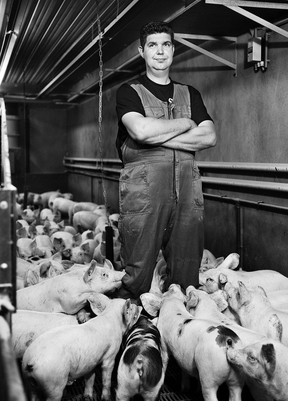 Pig Farmer Dick van de Lagemaat 3/6