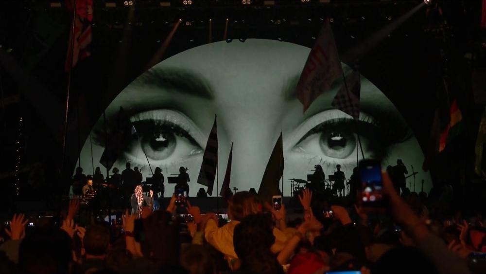 Copy of Adele • Glastonbury 2016