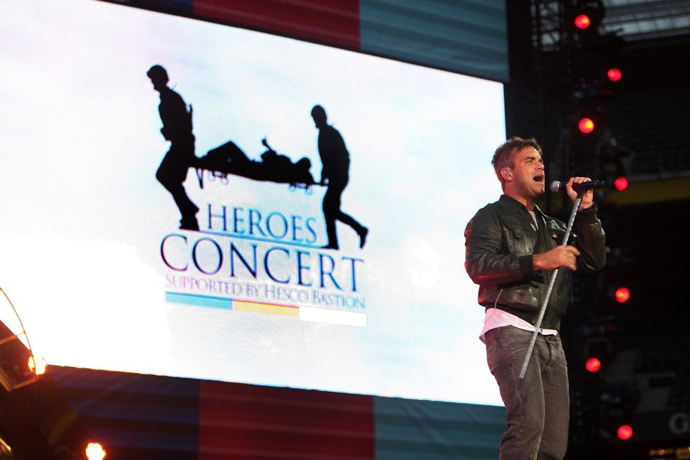 Robbie Williams • Help for Heroes Concert 2010