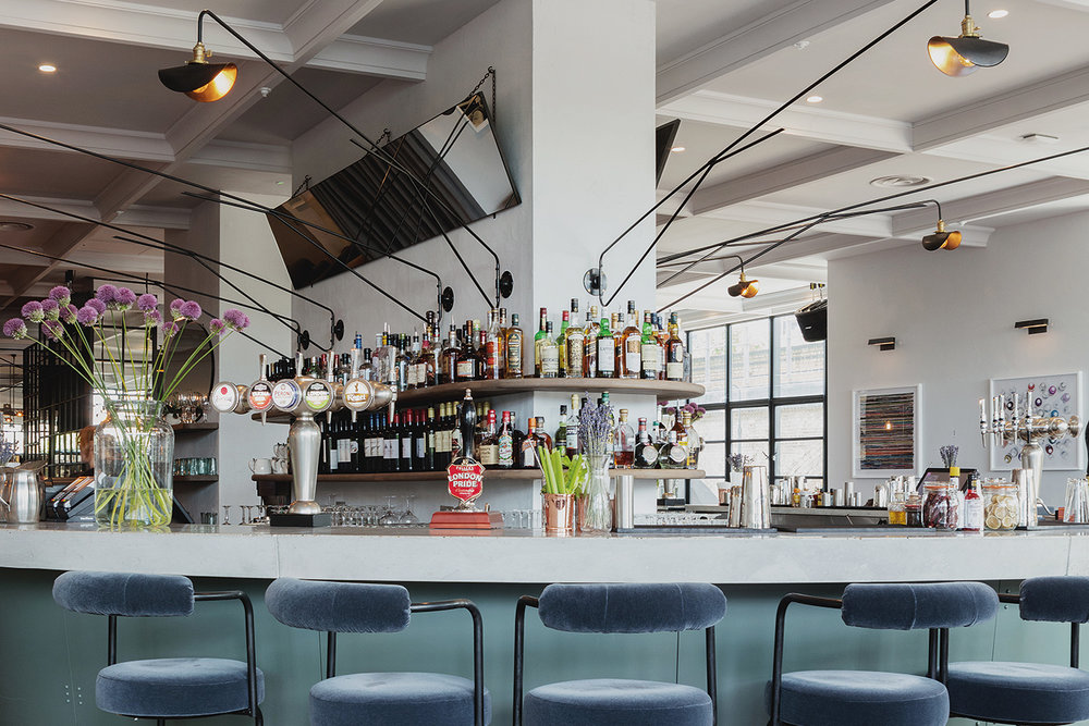 EXCLUSIVE HIRE - Drinks and nibbles for up to 550 guests