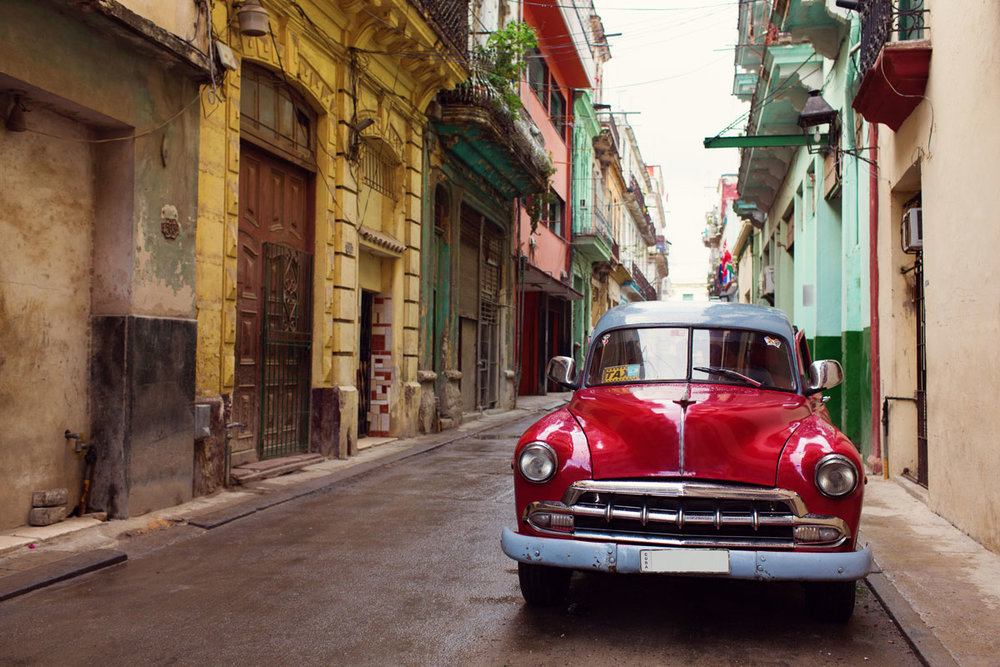 CUB_Havana-Classic-Car-©-Adobe-Stock.jpg