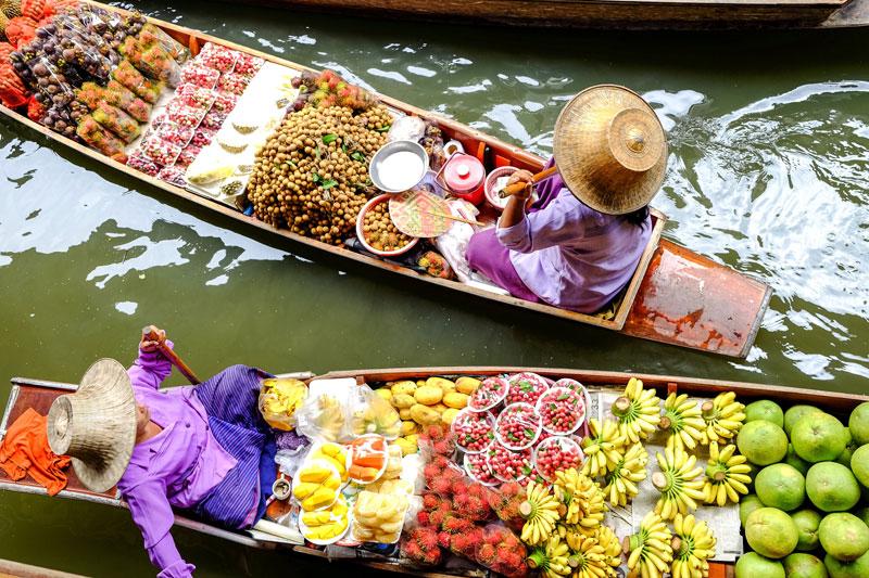 THA_Bangkok-Damnoen-Saduak-Floating-Market-©-Adobe-Stock-120220195.jpg