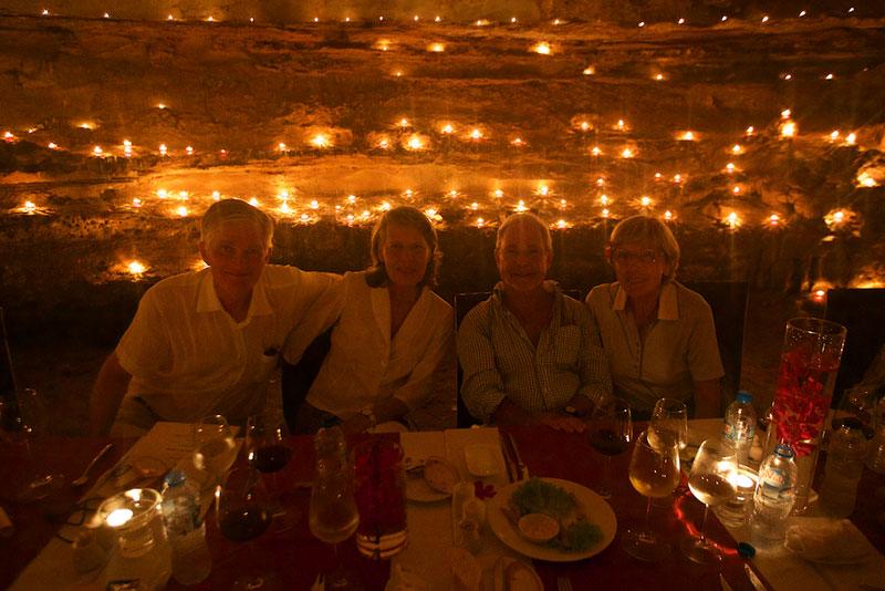 VNM_Halong-Bay-Cave-Dinner-©15-Thomas-Baechtold-0174.jpg