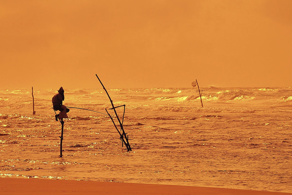 LKA_Galle-Stilt-fishermen-sunset-©-Sri-Lanka-Instyle.jpg