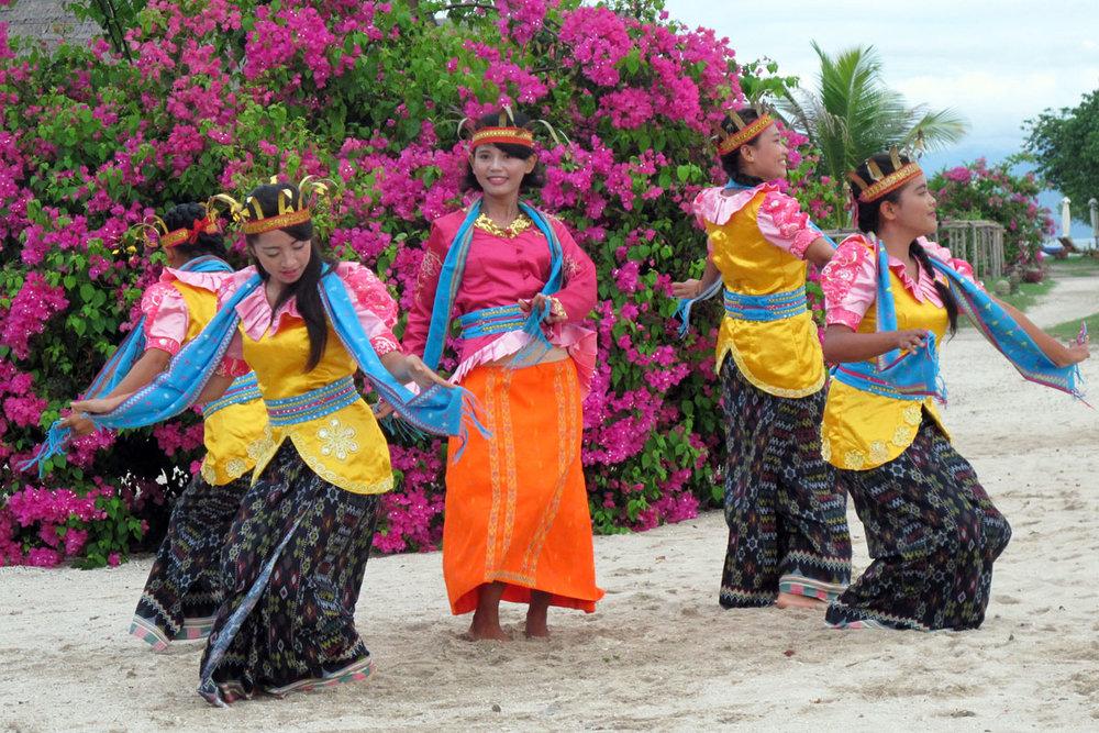 IDN_Komodo-Resort-Cultural-Performance-©-Komodo-Resort-047.jpg