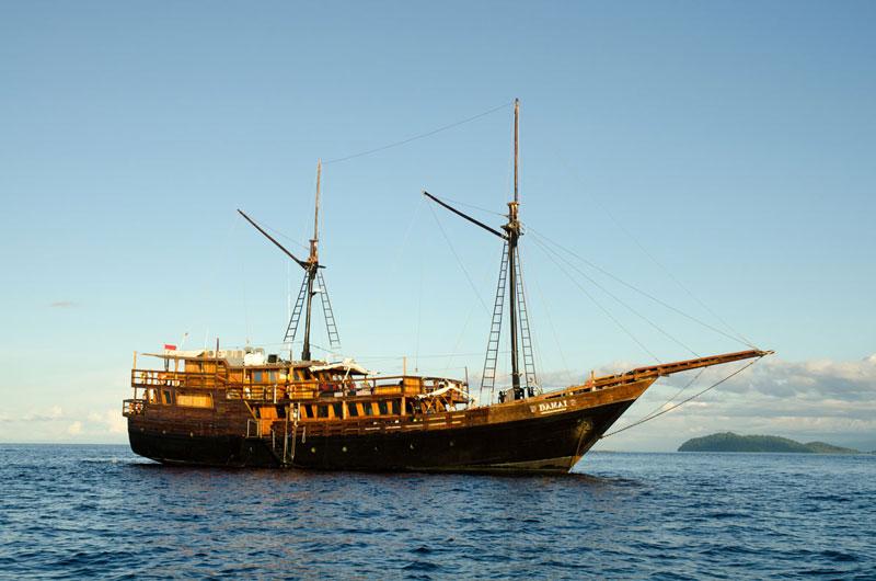IDN_MY-Damai-1-Ship-©-Dive-Damai-001.jpg
