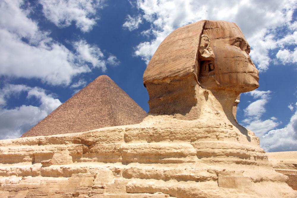 EGY_Cairo-Pyramid-Sphinx-©-AdobeStock_4923090.jpg