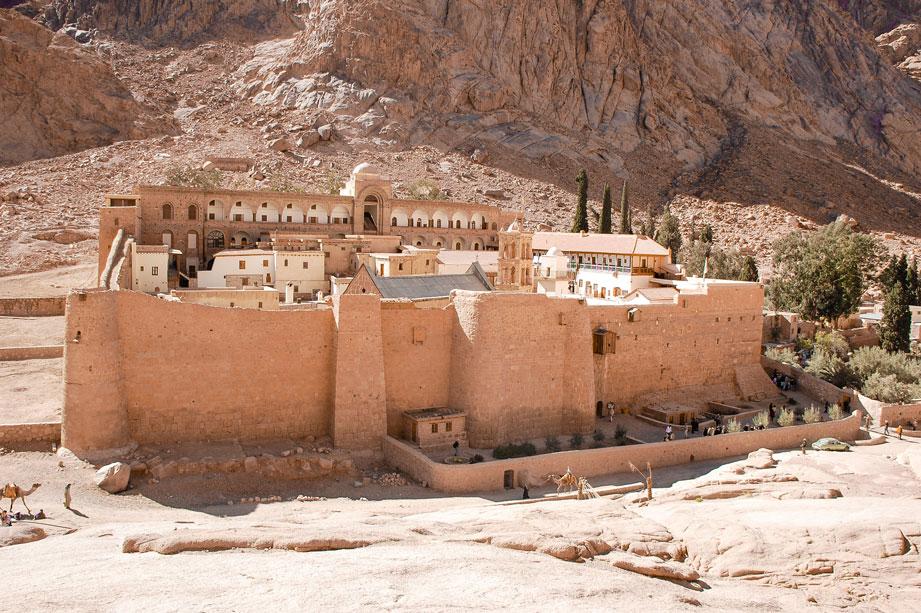 EGY_St-Catherines-Monastery-AdobeStock_69797111.jpg