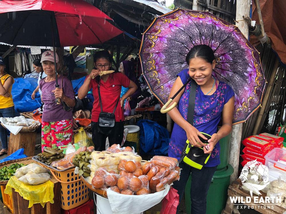 Malatapay Market - Philippines - Wild Earth Expeditions