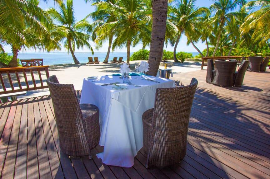 alphonse-island-facilities-dining-5.jpeg