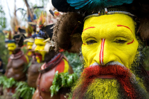 PNG_Huli-wigmen-singsing-©-Thomas-Baechtold-245.jpg