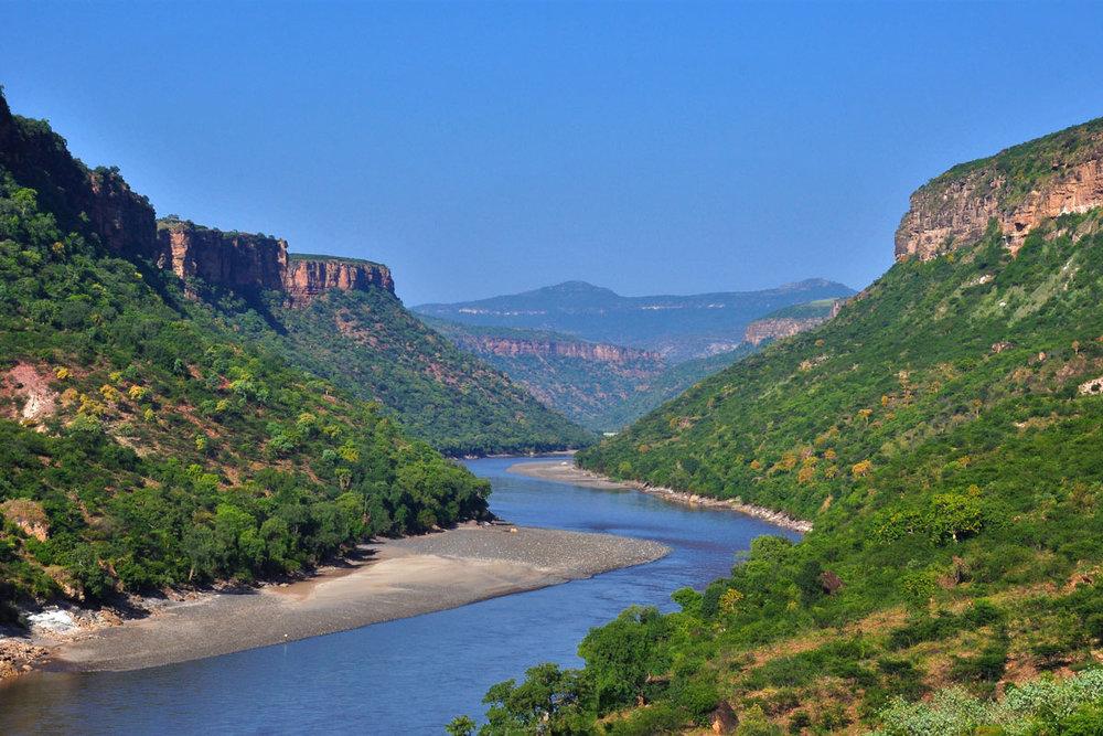 ETH_Bahir-Dar-Blue-Nile-Falls-©-Diskesh-Ethiopia-Tours-12.jpg