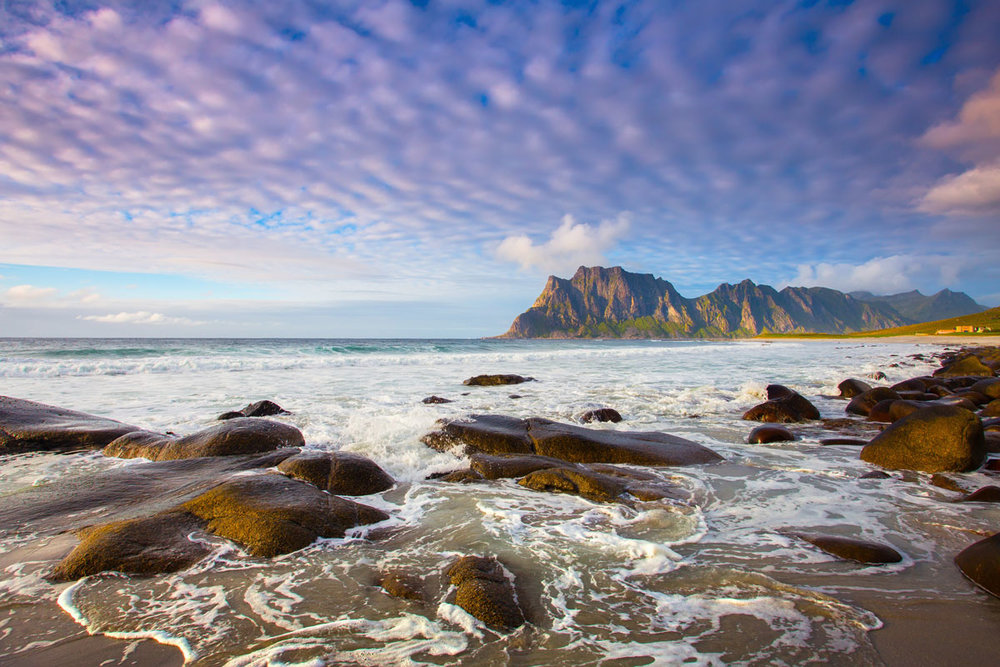 NOR_Lofoten-Islands-©-AdobeStock_241573289.jpg