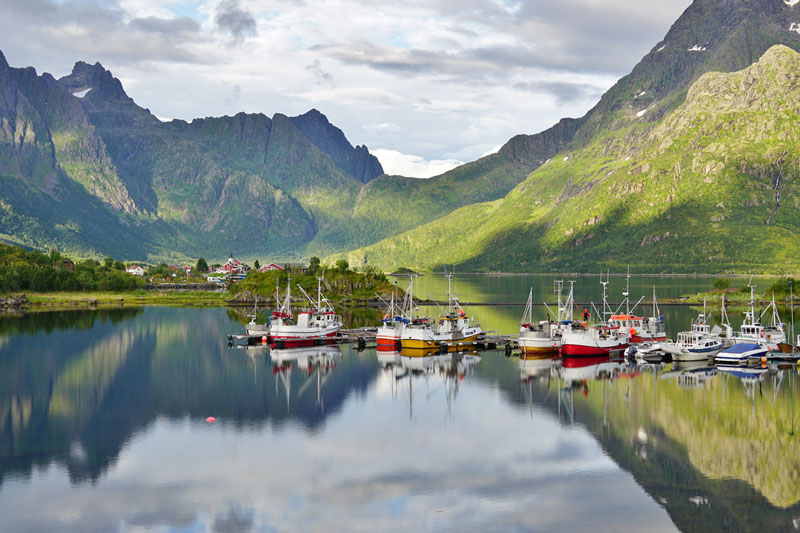 NOR_Lofoten-Islands-©-Adobe-Stock-139365113.jpg