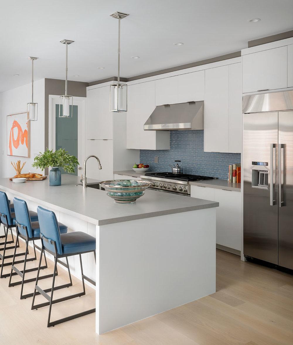 06 mwm-scotty-283x-kitchen2.jpg