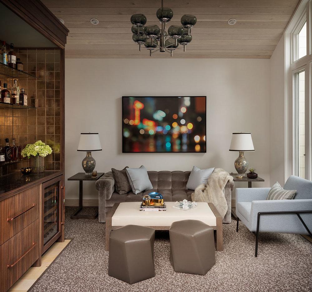 13 mwm-scotty-294x-lounge1.jpg